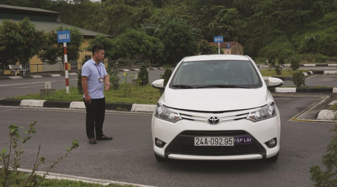 Các Trung tâm đào tạo lái xe tăng cường cho học viên thực hành trên các cung đường.