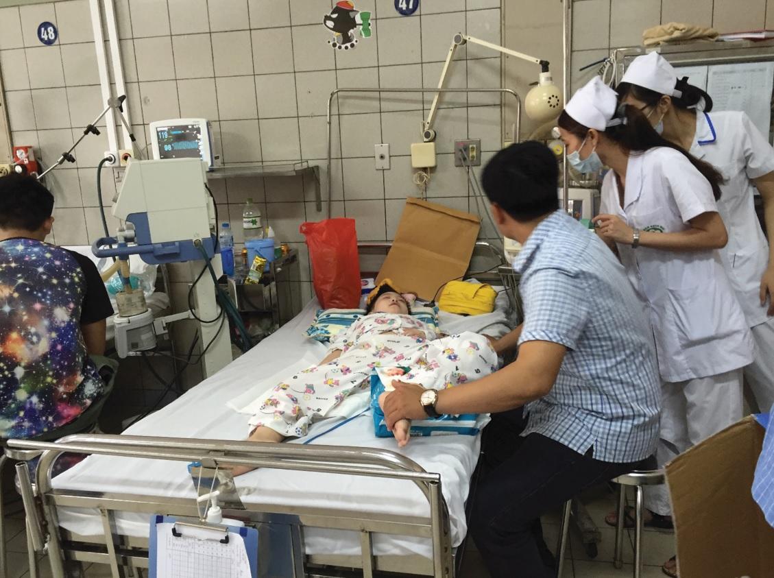 Bệnh nhân phải nhập viện điều trị SXH ở Bình Định liên tục tăng cao trong những tháng đầu năm.
