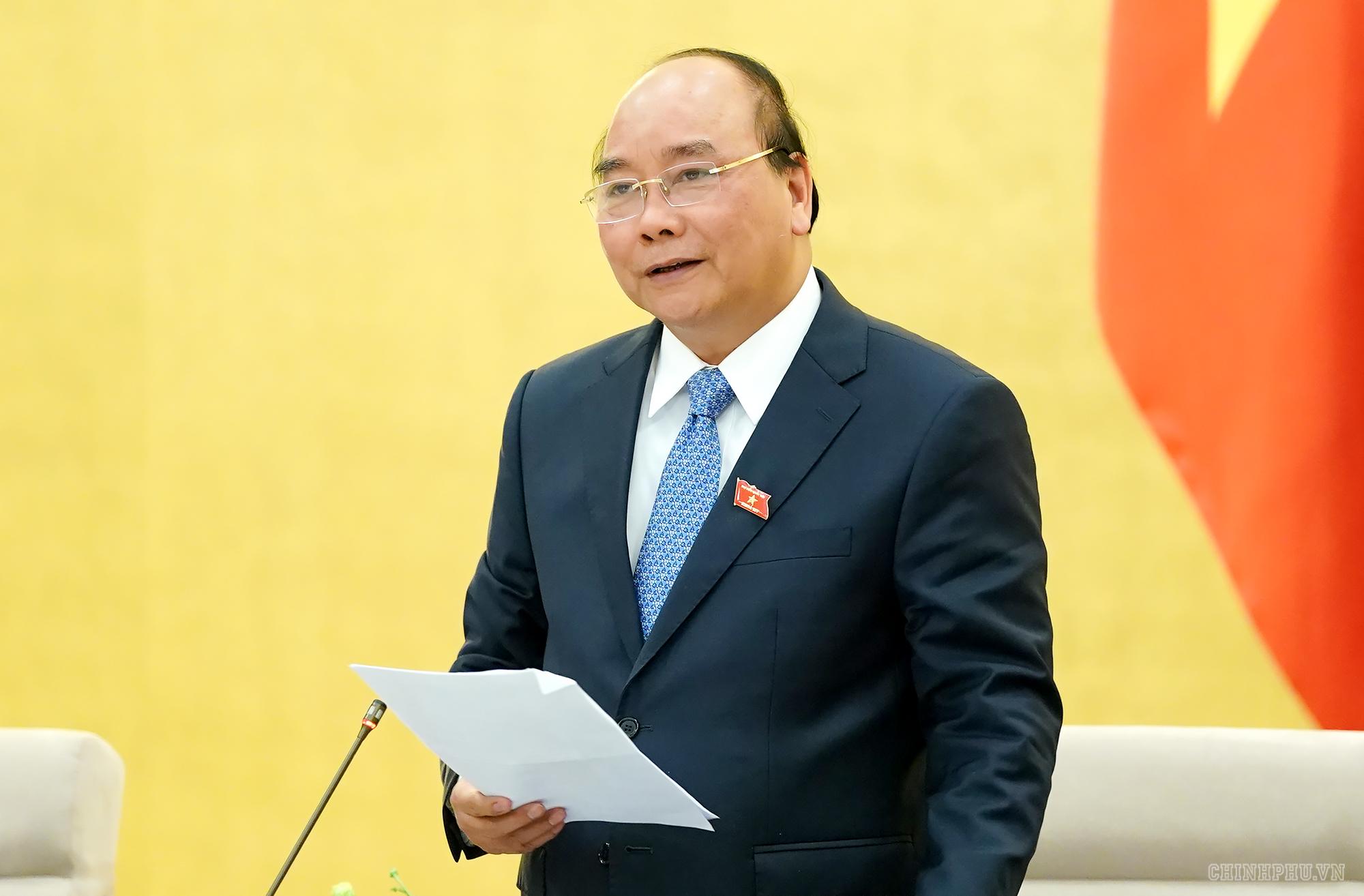 Thủ tướng Nguyễn Xuân Phúc phát biểu tại buổi gặp mặt các đại biểu Quốc hội trẻ.