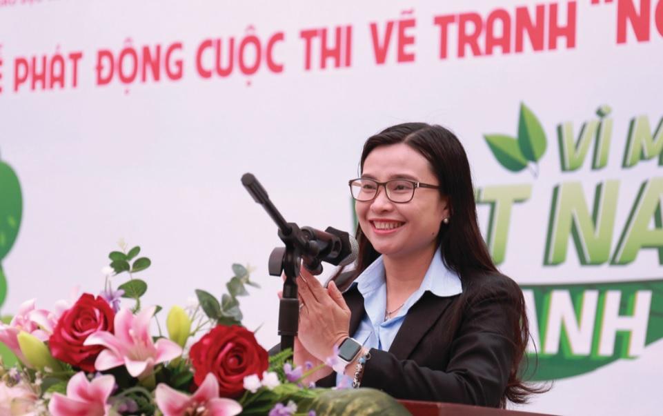 Bà Nguyễn Phạm Duy Trang, Phó Chủ tịch Thường trực Hội đồng Đội Trung ương.