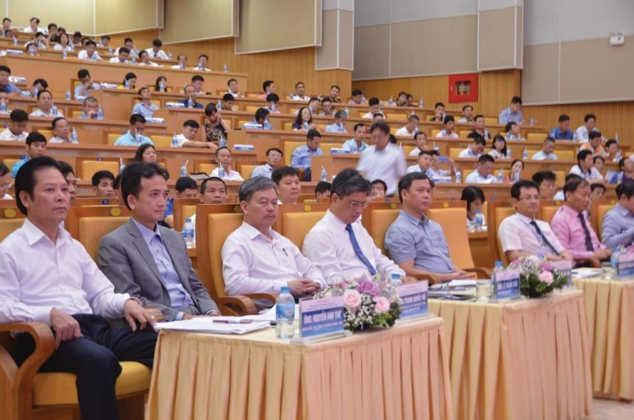 Các đại biểu bộ, ngành Trung ương tham dự Hội thảo.