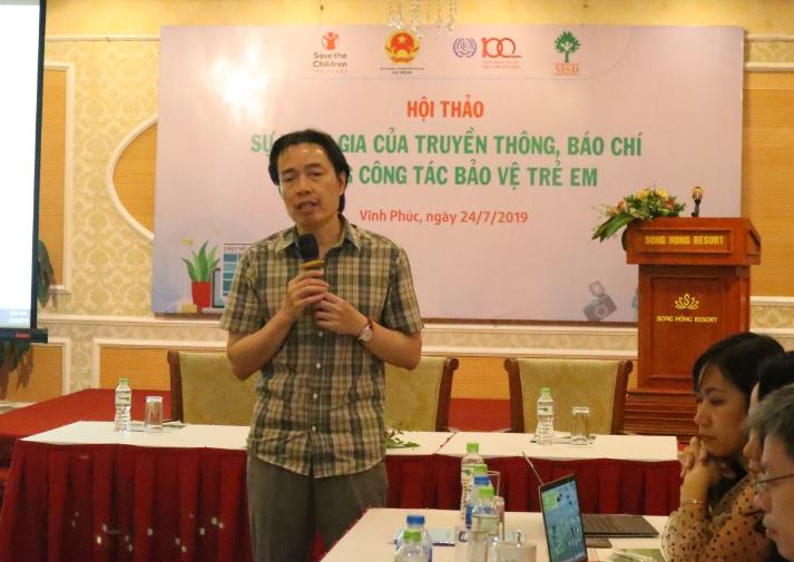 Cục trưởng Cục Trẻ em Đặng Hoa Nam trao đổi tại buổi Hội thảo