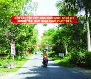 Giao thông vùng đồng bào Khmer được quan tâm đầu tư tạo thuận lợi cho đồng bào đi lại và giao thương hàng hóa. (Trong ảnh: đường tuyến xã, huyện Long Mỹ (Hậu Giang)