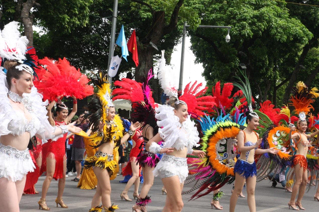 Lễ hội carnaval đường phố.