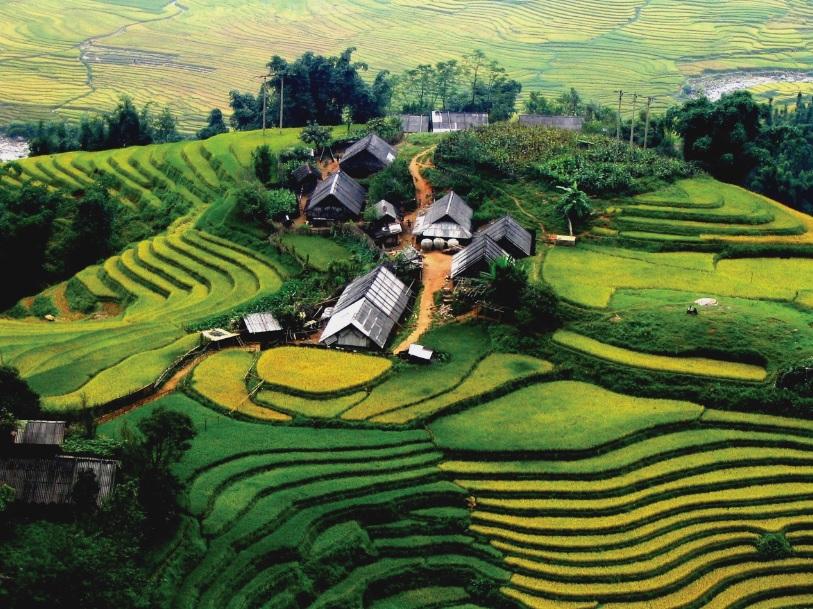 Những mái nhà ở Hà Giang được chằng néo đảm bảo an toàn khi mưa bão.
