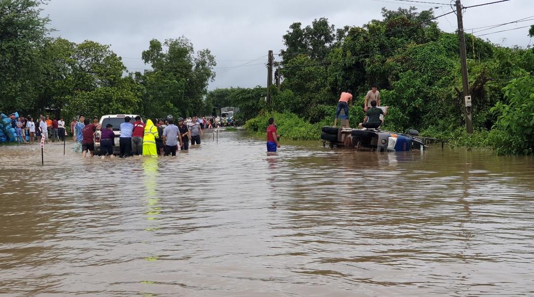 Mưa lớn gây ngập lụt tại Đăk Lăk.