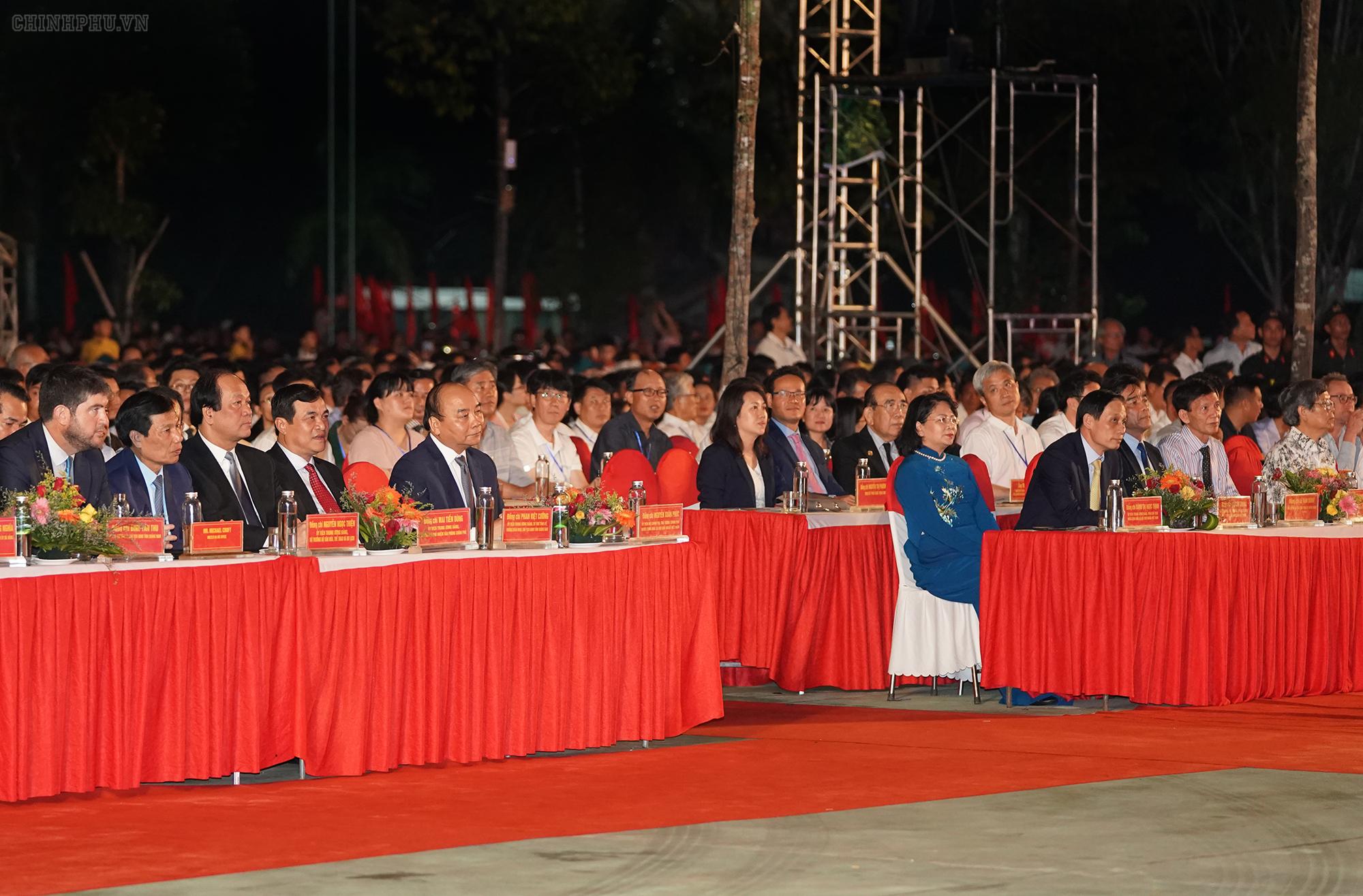 Các đại biểu dự lễ kỷ niệm. - Ảnh: VGP/Quang Hiếu