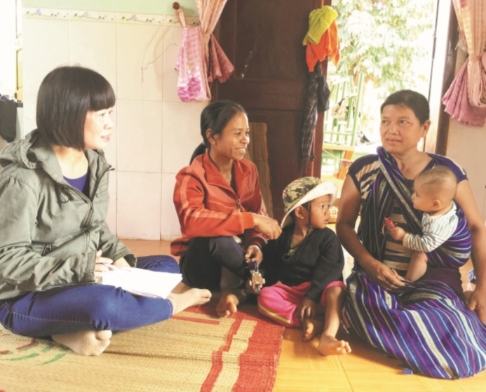 """Để góp phần """"hạ nhiệt"""" tình trạng tảo hôn và hôn nhân cận huyết, Hội LHPN tỉnh Phú Yên đang tăng cường công tác tuyên truyền, vận động."""