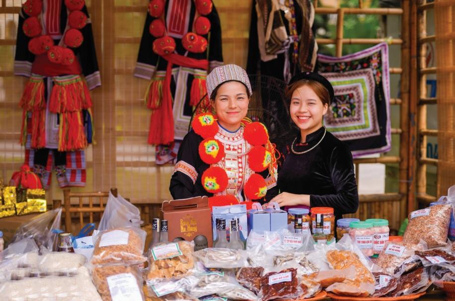 Ngày hội Văn hóa Tuyên Quang tại Hà Nội (tháng 8/2019) là dịp để người dân giới thiệu sản phẩm địa phương.
