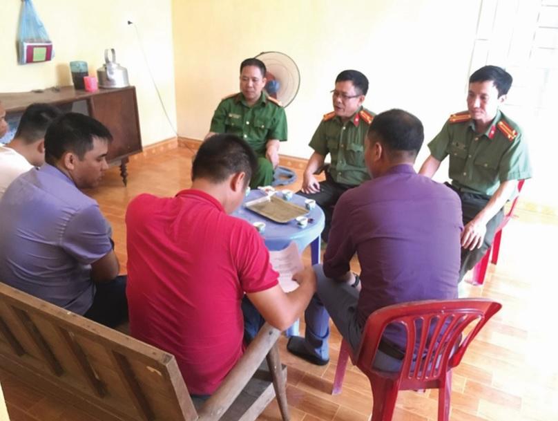 Công an huyện Yên Sơn tích cực nắm tình hình ở cơ sở.
